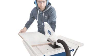 Cum se utilizează corect un fierăstrău circular cu masă pentru executarea cu precizie a lucrărilor în condiții de siguranță